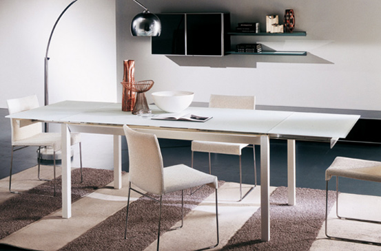 Arredamento zona giorno tavoli sedie e complementi bontempi for Sedie e tavoli design