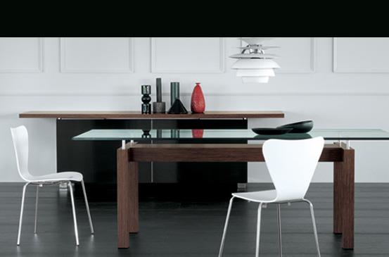 Arredamento zona giorno tavoli e sedie verardo for Riflessi tavoli e sedie